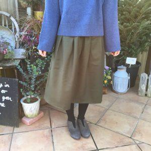 TAYUTAUの暖かいスカート